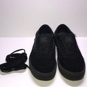 Black low top  old skool vans ultra Cush pro